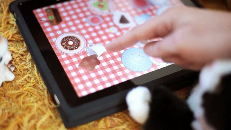 how-to-develop-apps-for-children-and-avoid-typical-mistakes-toca-tea-party